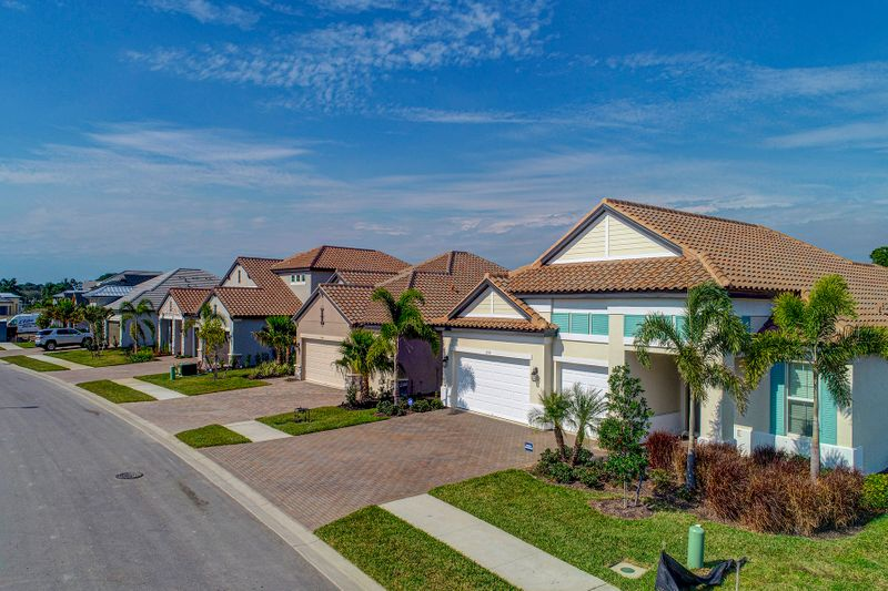 Many homes for sale in Oasis Venice FL