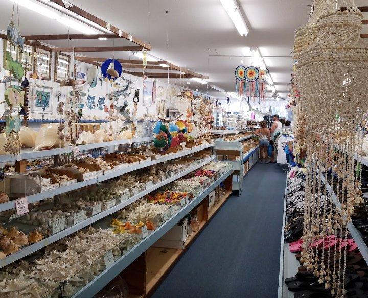 Sea Treasure and pleasures gift shop in venice florida